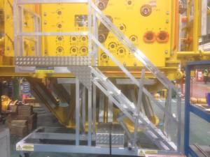 cantilever step platform